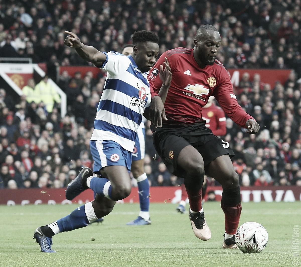 Em casa, Manchester United bate Reading e avança na Copa da Inglaterra