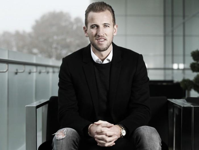 Tottenham anuncia extensão contratual de Harry Kane até 2022