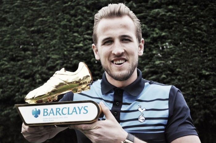 Reports suggest Tottenham Hotspur are set to offer Golden Boot winner Kane a new deal