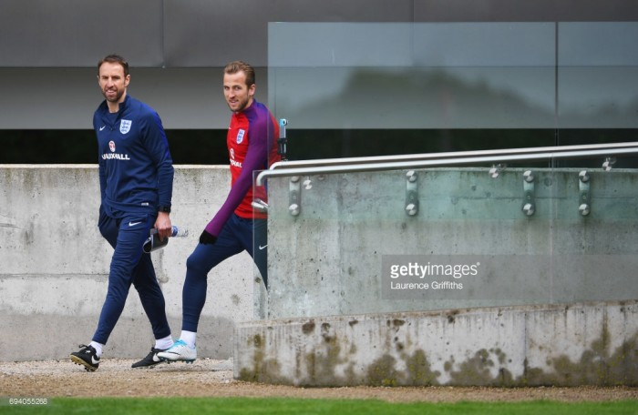Roy Hodgson warns against handing Harry Kane the England captaincy