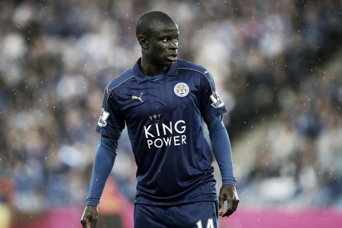 Campeão inglês com o Leicester, volante Kanté é anunciado pelo Chelsea