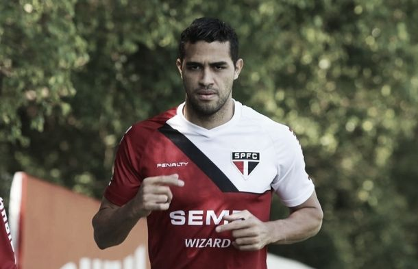 Com Kardec e ainda sem Kaká, São Paulo divulga relacionados para enfrentar o Bahia