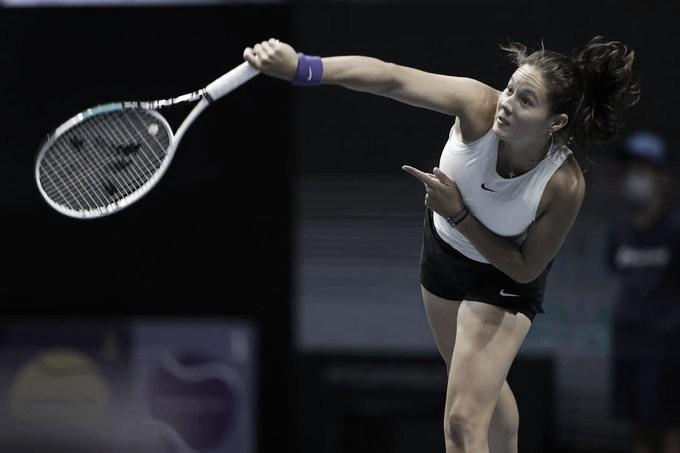 Kasatkina bate Sasnovich e garante festa russa no WTA 500 de São Petersburgo