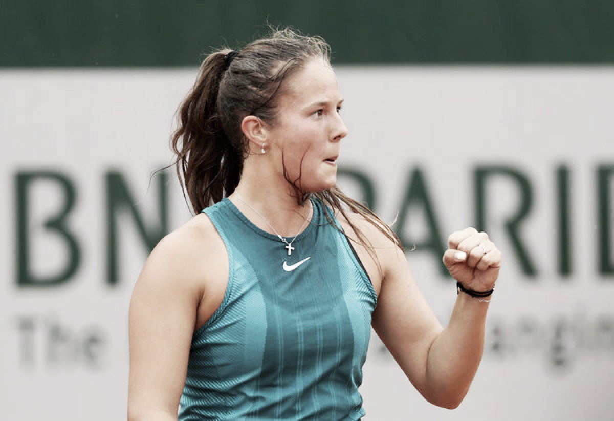 French Open: Daria Kasatkina overcomes mid-match wobble, triumphs over Maria Sakkari in three sets