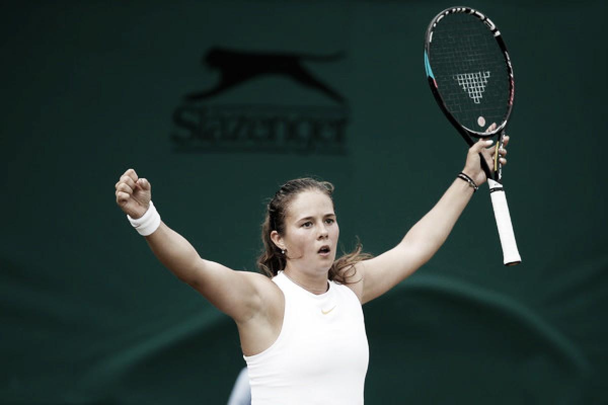 Wimbledon: Daria Kasatkina reaches first quarterfinal with three-set triumph over Alison Van Uytvanck
