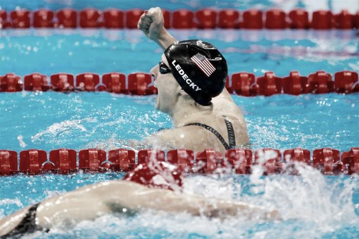 Noite da natação é marcada por quebra de recordes: Peaty e Ledecki brilham superando os próprios tempos