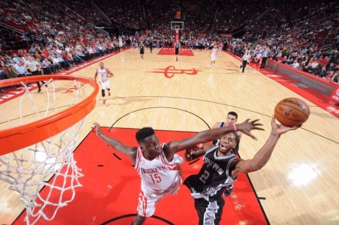 NBA - Vittorie esterne per Spurs e Clippers, sconfitti Houston e Minnesota