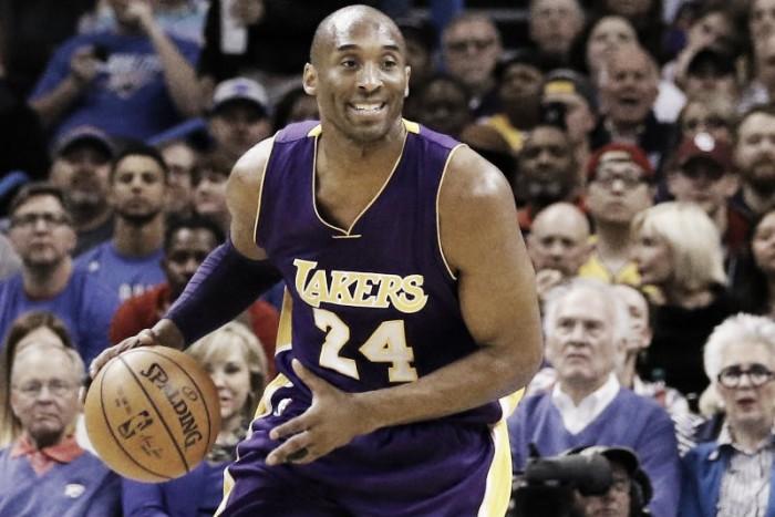 NBA, i Los Angeles Lakers ritirano le due maglie di Kobe Bryant