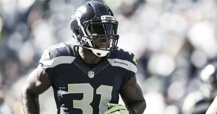 Kam Chancellor extends stay in Seattle