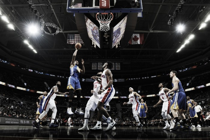 NBA, Warriors in volata a Detroit (113-119)