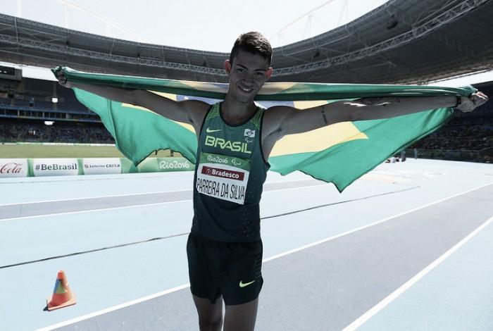 Medalhista duplo, Rodrigo Parreira deseja mais visibilidade aos atletas paralímpicos