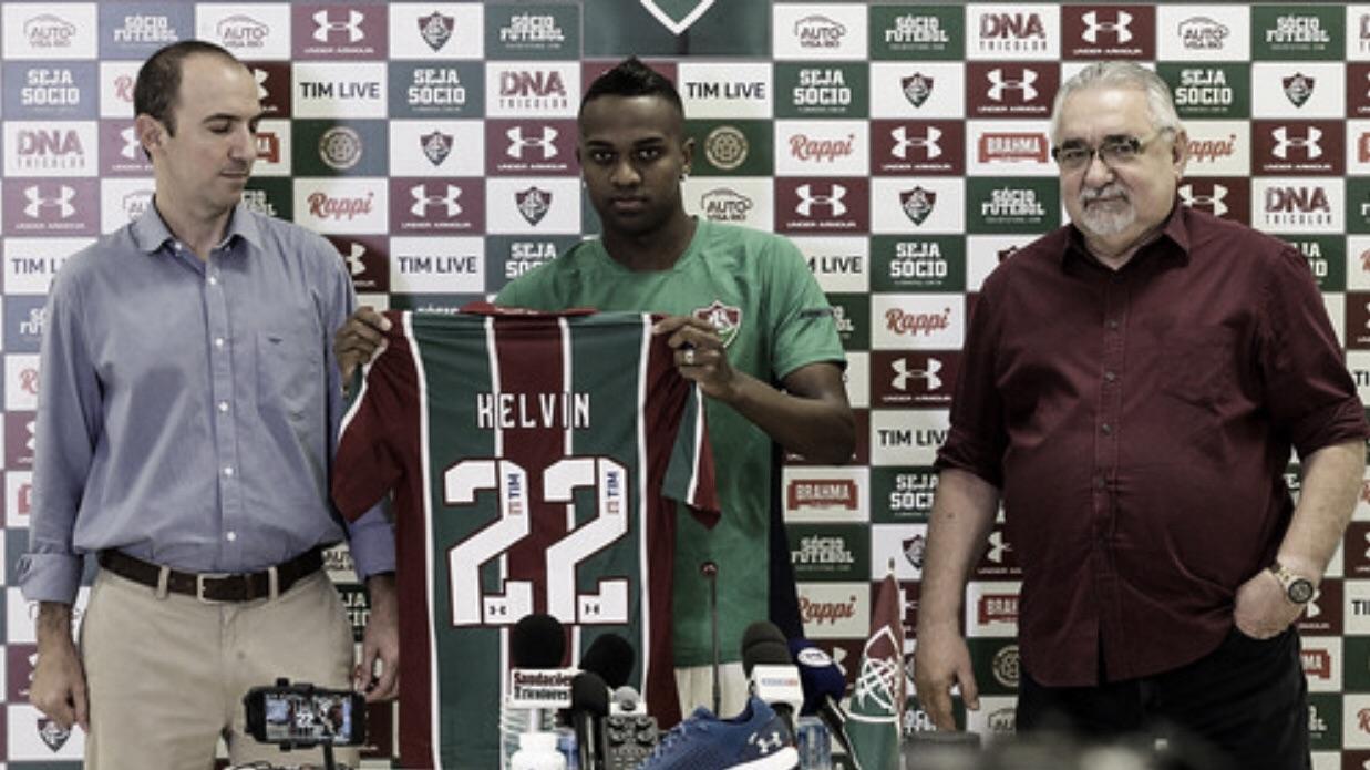 "Kelvin é apresentado pelo Fluminense e garante: ""Estou 100%"""