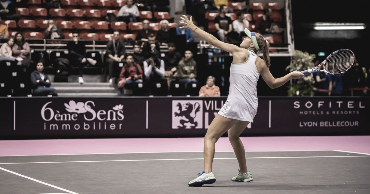 Kenin salva match point, supera Cristian e sobrevive no WTA de Lyon