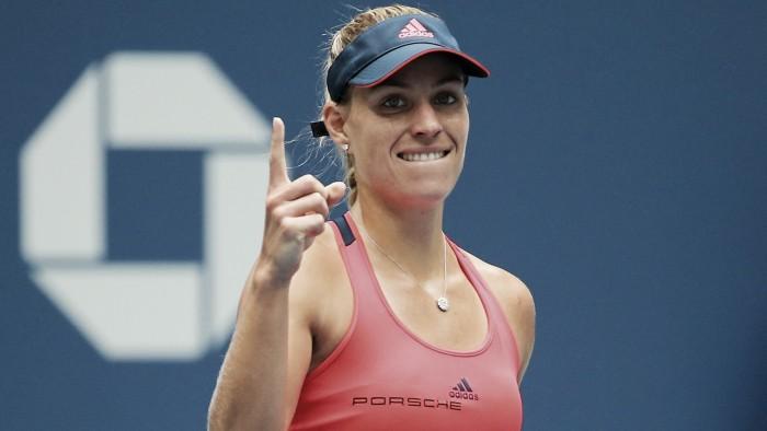 Kerber vence Wozniacki sem sustos e avança para a final do US Open