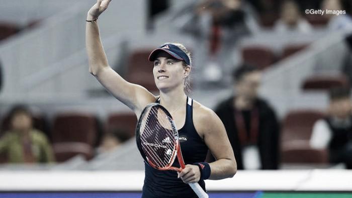 Angelique Kerber supera Cibulkova em três sets e estreia com vitória no WTA Finals