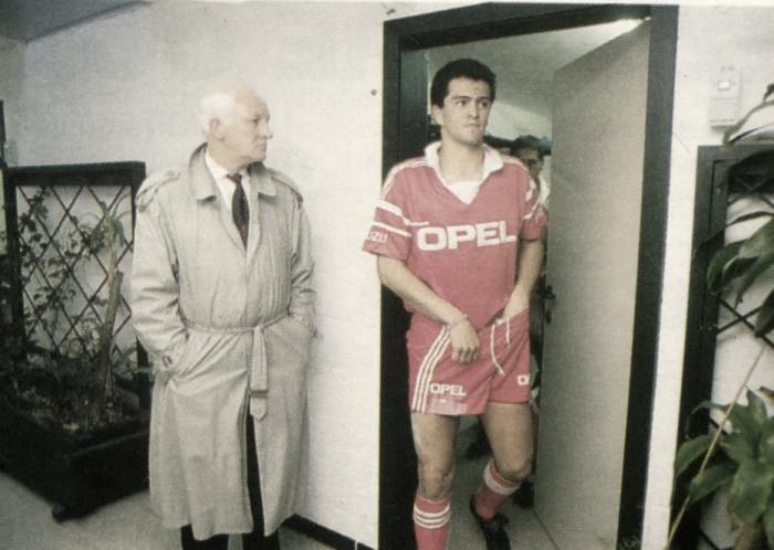 Carlos Hermosillo, el goleador que no conquistó Bélgica