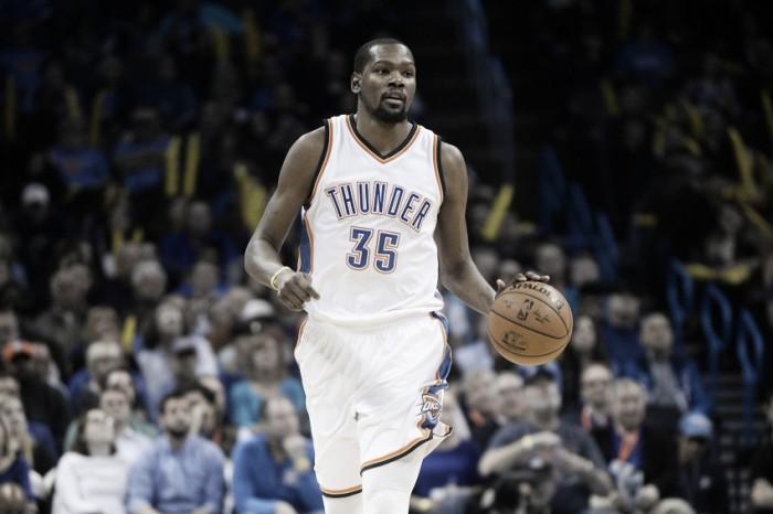 Kevin Durant acerta com Golden State Warriors por duas temporadas