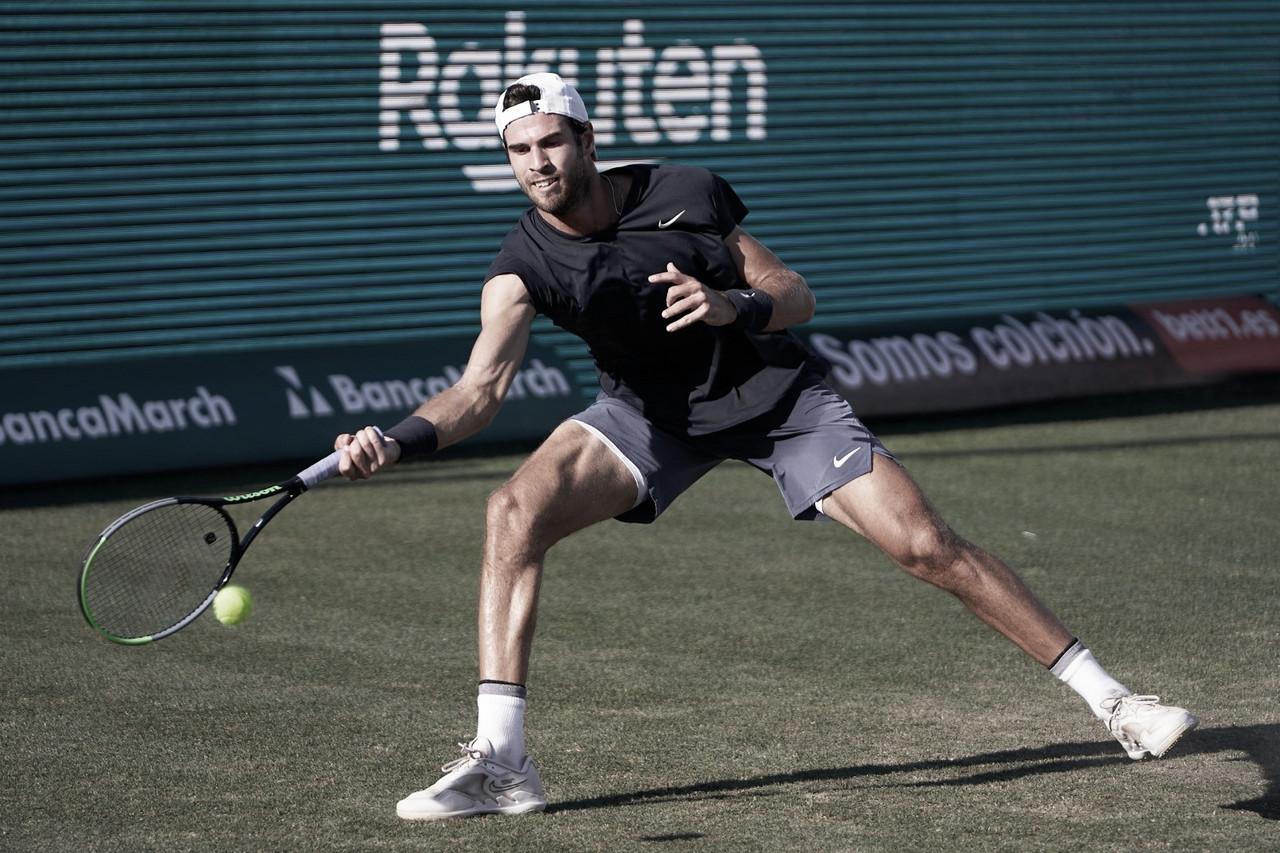 Em partida equilibrada, Khachanov supera Pouille na estreia do ATP de Mallorca