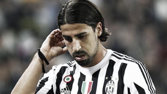 Lesione all'adduttore, Khedira out contro il Genoa. A rischio anche Napoli e Bayern