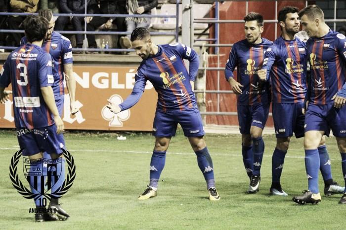 Previa Betis Deportivo - Extremadura : despedirse a lo grande