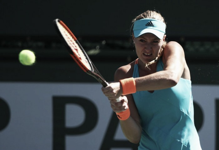 Vesnina beats Kuznetsova to win Indian Wells WTA title