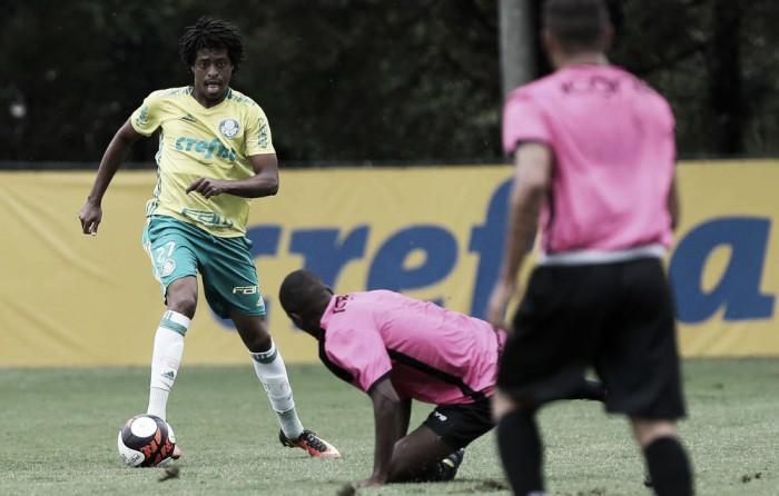 Com dois de Keno, Palmeiras goleia União Barbarense em jogo-treino