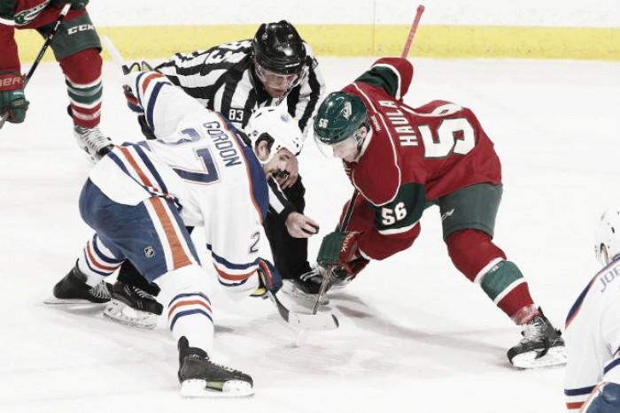 Problemas en la aplicación estricta de la norma del faceoff en la NHL