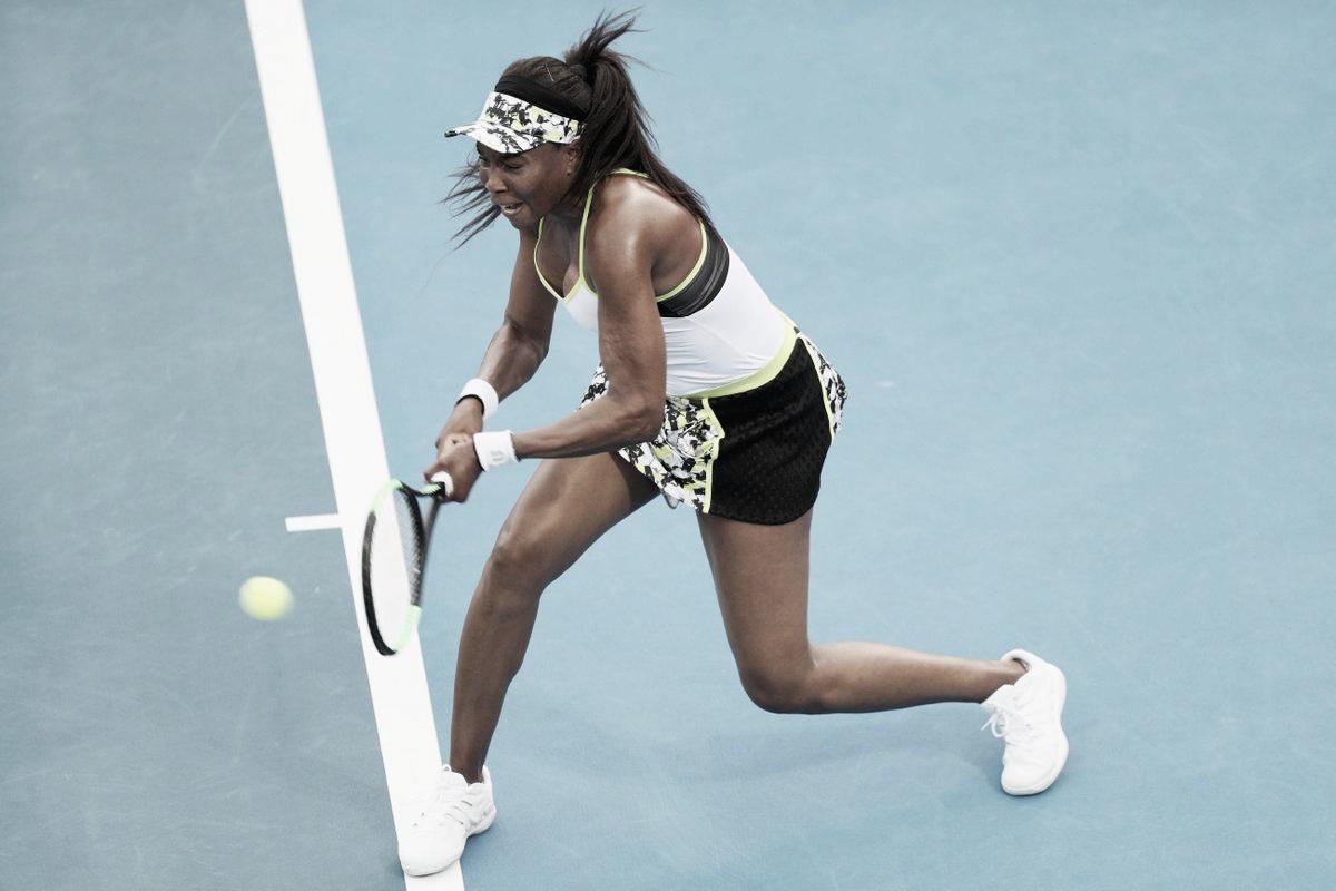 Em duelo épico, Venus leva a melhor em cima de Azarenka e avança em Auckland