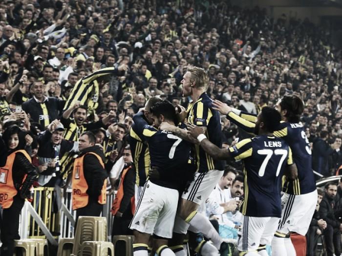 United sucumbe perante Fenerbahçe com golaços de Sow e Lens e perde liderança do Grupo A