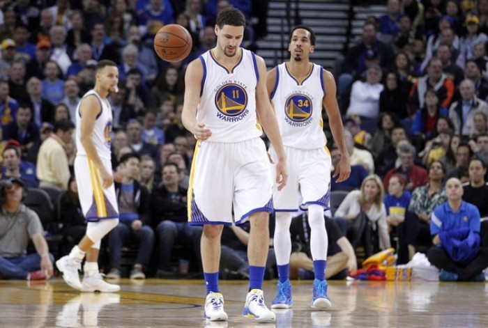 I Golden State Warriors battono i Dallas Mavericks realizzando ventuno triple