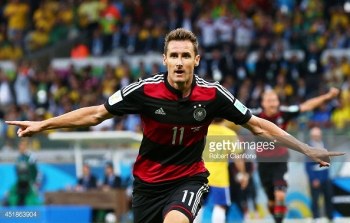 Miroslav Klose announces his retirement from professional football