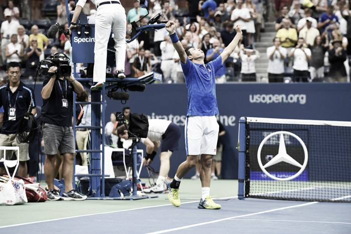 US Open, eroico Nishikori: battuto Murray 7-5 al quinto