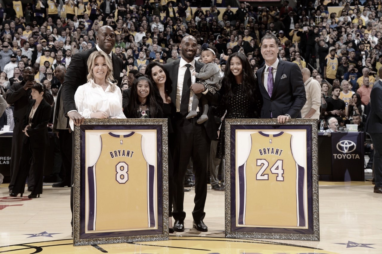 Lakers legends pay tribute to Bryant