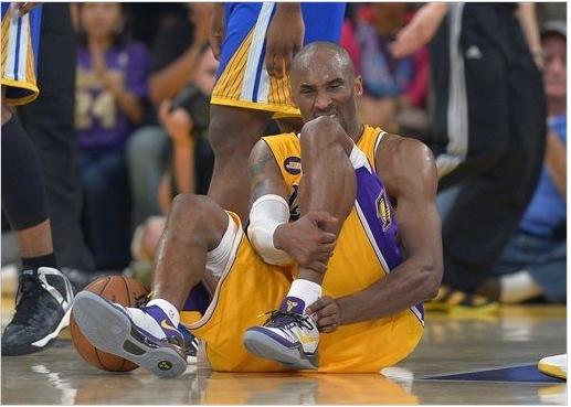 Kobe Bryant sai machucado mas Lakers vence Warriors