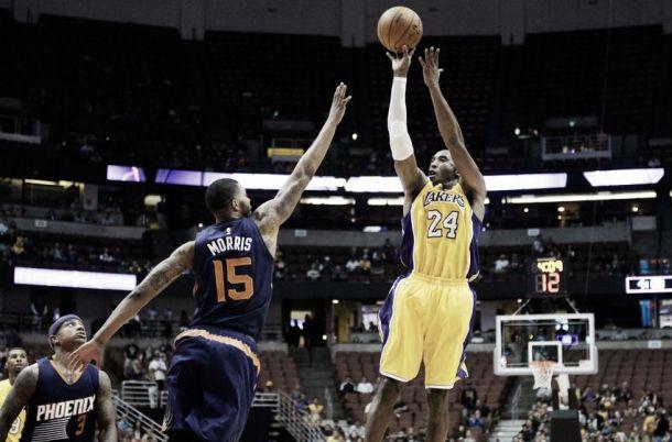 Kobe spettacolare, ma i Lakers cedono ai Suns