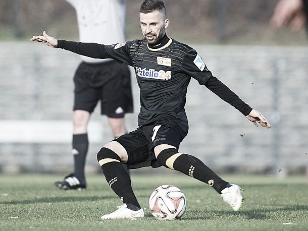 Köhler diagnosed with lymphoma, extends at Union