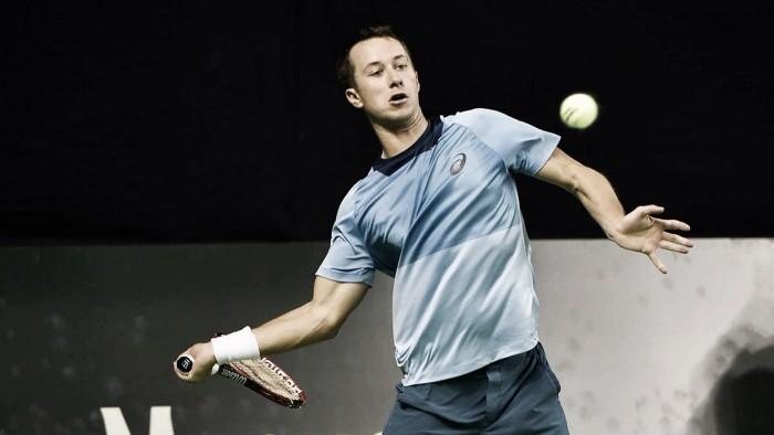 ATP 250 de Moscou: Kohlschreiber elimina Bellucci e enfrenta Fognini; Carreno Busta avança