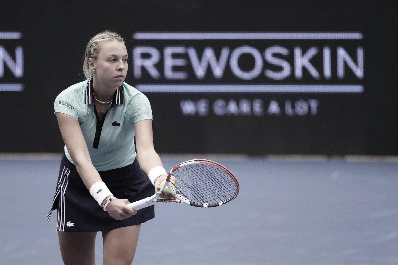 Kontaveit desbanca Bencic e avança para enfrentar Kvitova em Ostrava