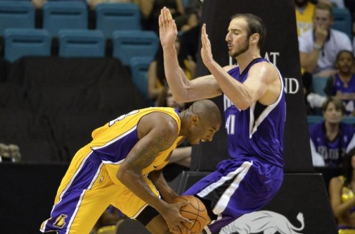 NBA Night: Kobe per l'ultima a Sacramento, rematch fra Jazz e Rockets