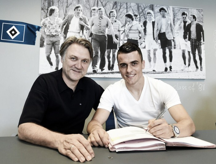Hamburger SV complete signing of Filip Kostic
