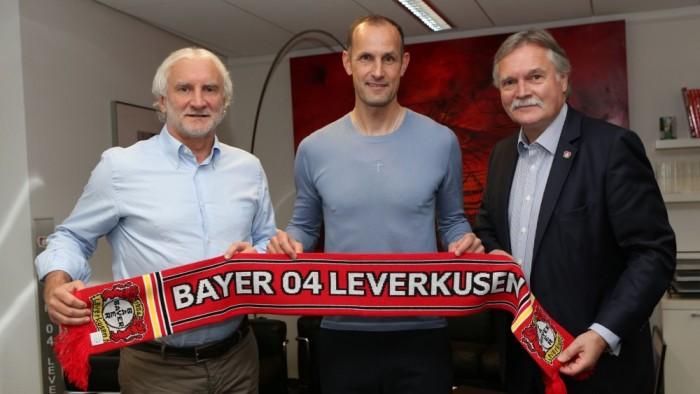 Heiko Herrlich takes over at Bayer Leverkusen
