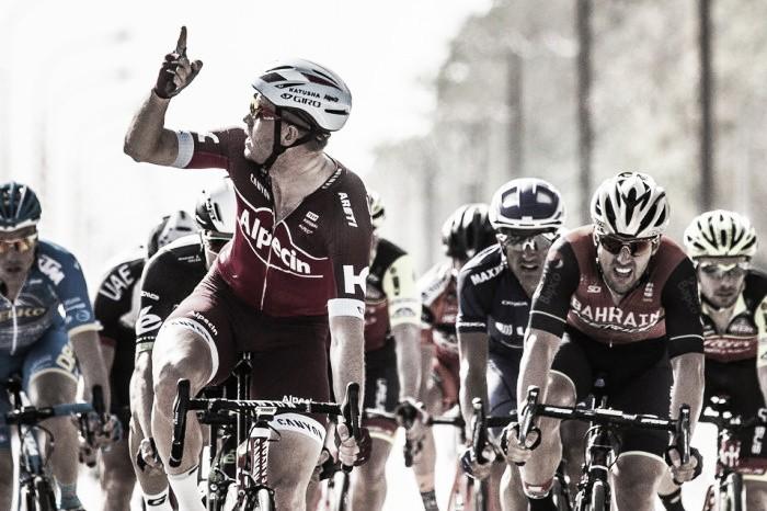 Kristoff mantiene su idilio con Omán y es el primer líder