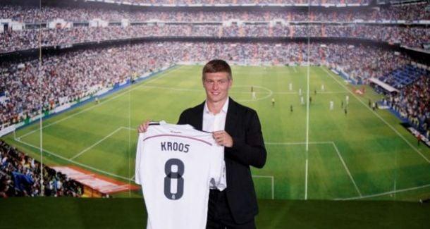 Toni Kroos assina pelo Real Madrid