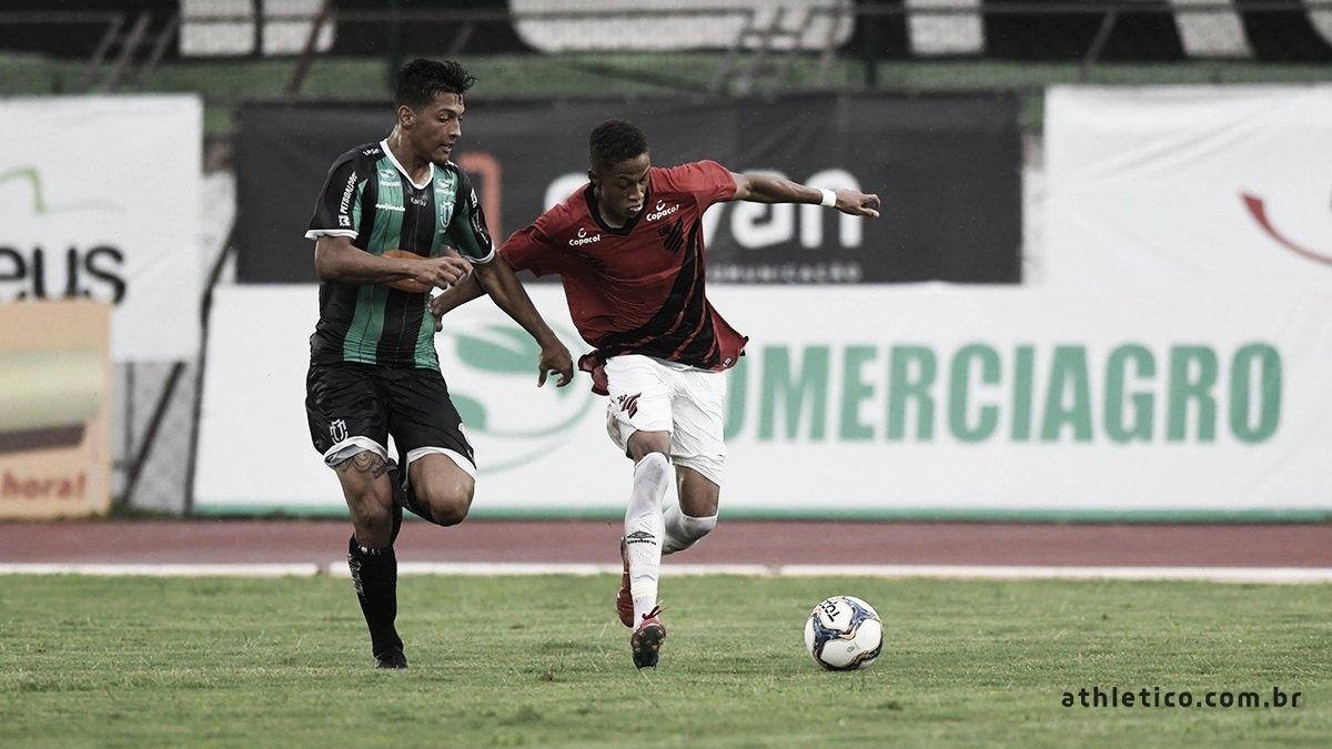Athletico atropela Maringá fora de casa pelo Campeonato Paranaense