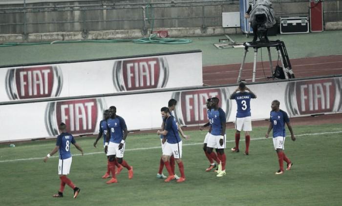 França supera Itália com tranquilidade e ofuscas estreias na Azzurra