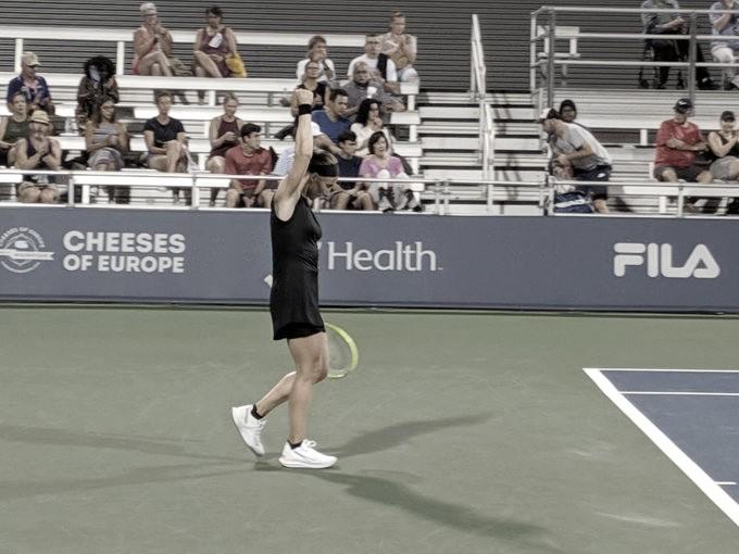 Kuznestova vence batalha contra Sevastova e vai à segunda rodada em Cincinnati