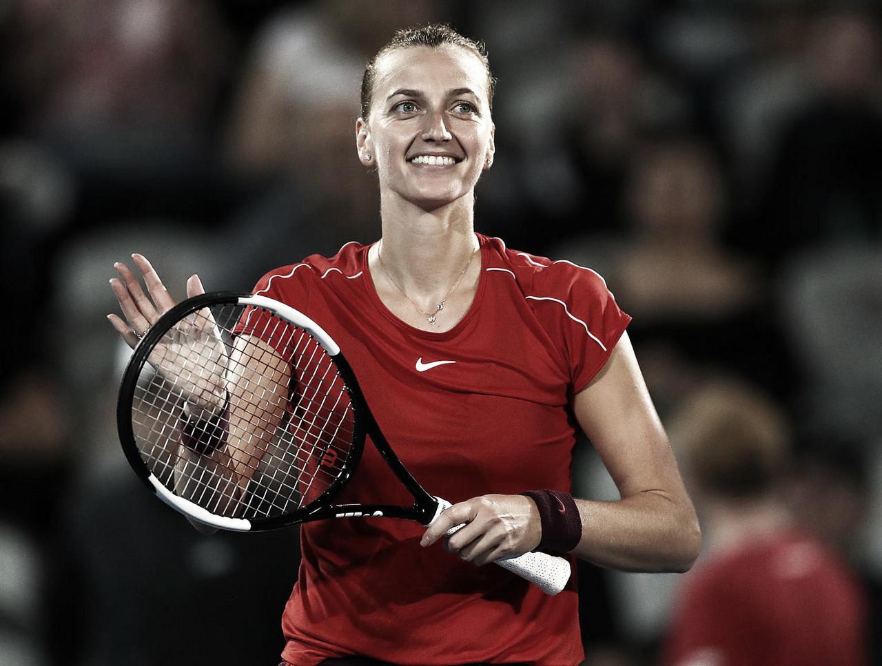 Kvitova remonta para llevarse el título en Sidney