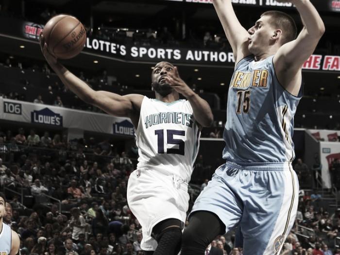 NBA, Charlotte rimonta i Nuggets. DeRozan show contro i Pacers
