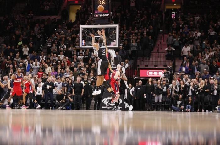 NBA - Lakers e Pelicans a picco contro Raptors e Clippers. Spurs in volata su Washington