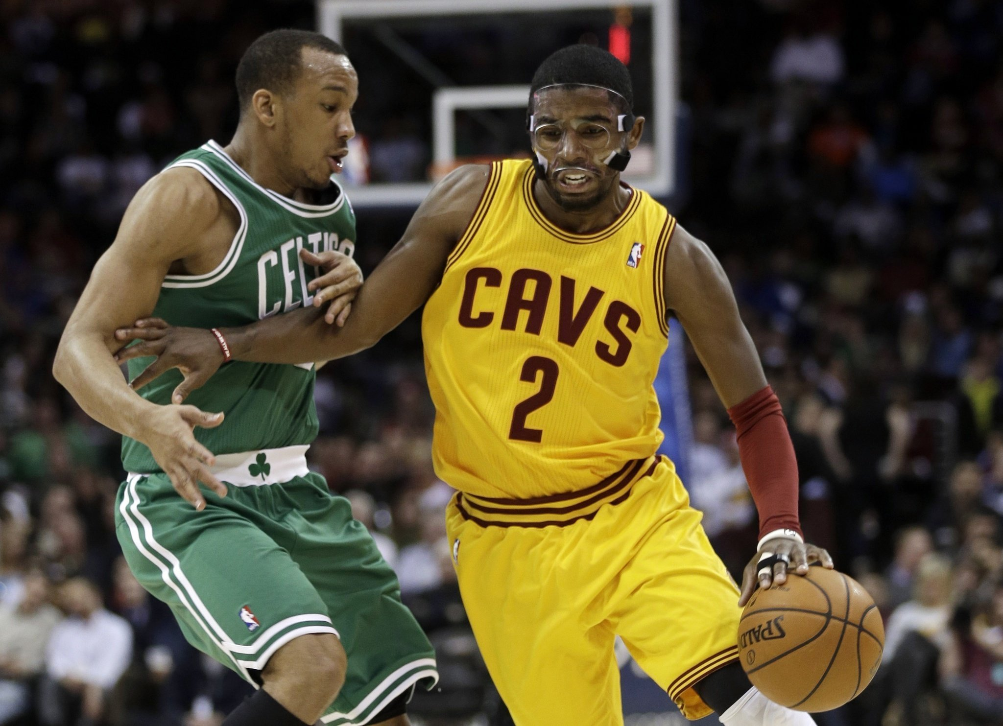 Kyrie Irving Crossover Kyrie irving segna 11 punti